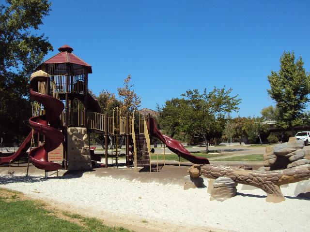 Lake 1 playground 3